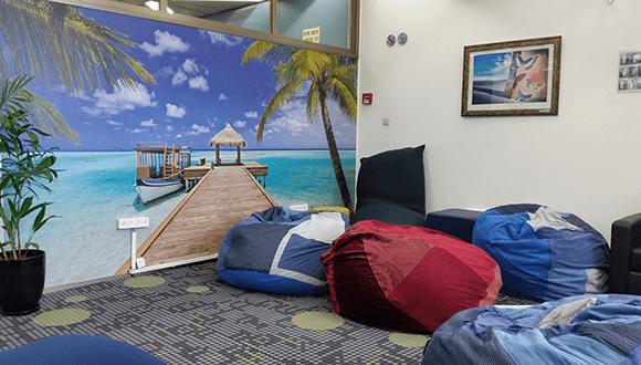 חדר פופים בספרייה למדעי החיים ולרפואה